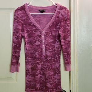 Athleta waffle 3/4 sleeve pink camo Top